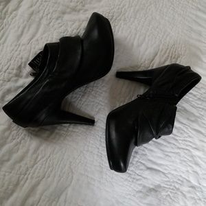 New Worthington Leather Upper Booties